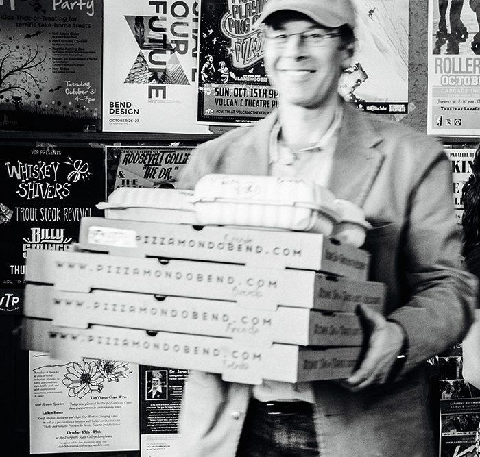 Pizza Mondo gallery-take-out